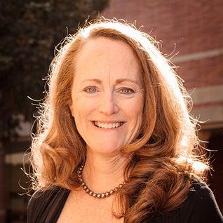 Sara D. Tucker '88